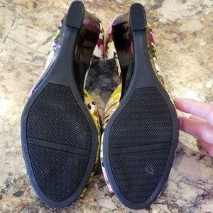Rampage Shoes - Rampage floral peep toe wedge shoes.